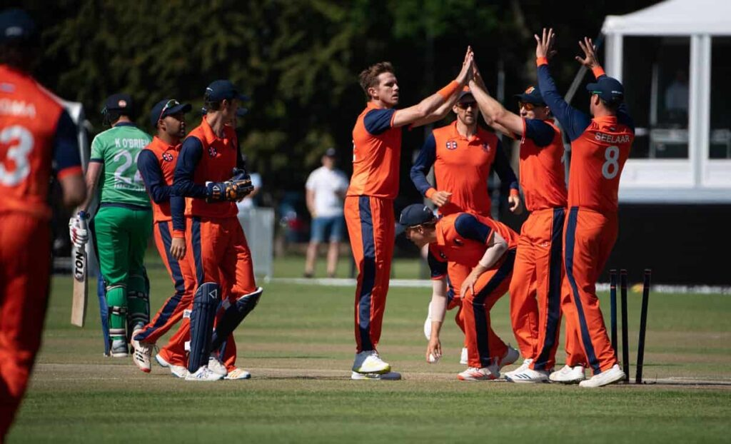 Netherlands-beat-Ireland-by-4-wickets to clinch the series