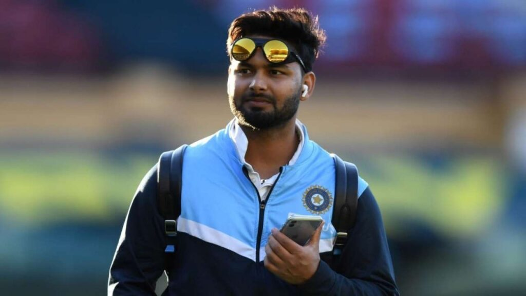 Rishabh Pant join team India after recovering from COVID-19