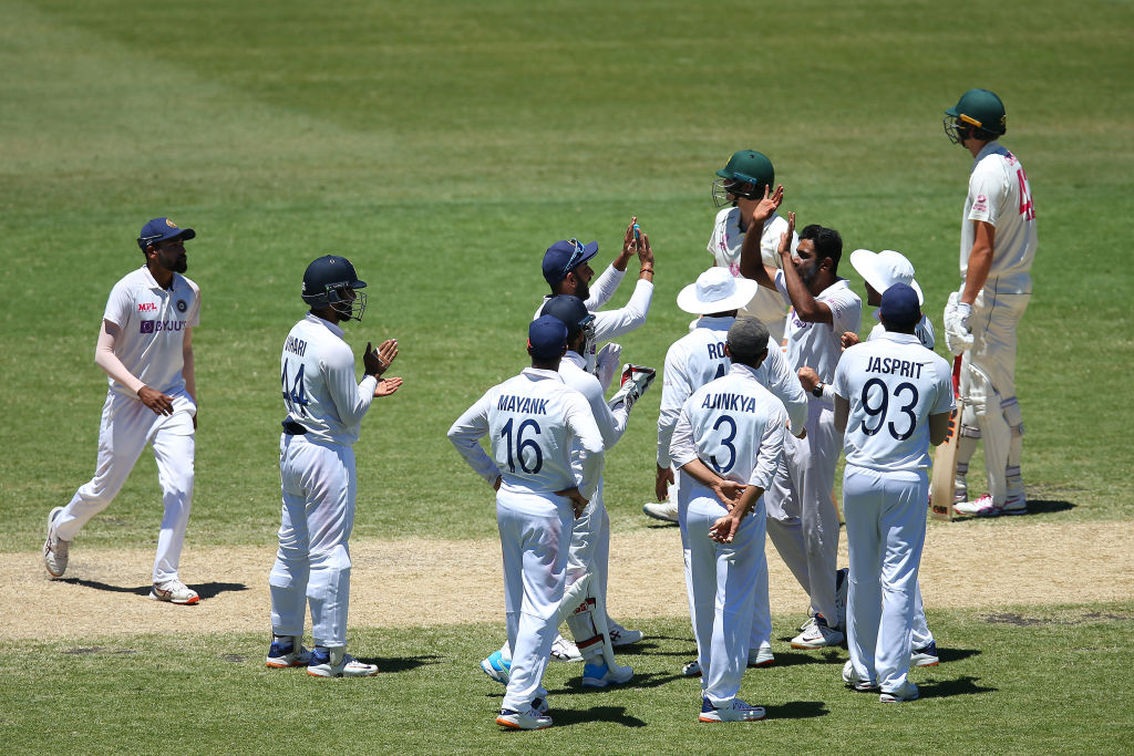 """IND vs ENG: Deep Dasgupta applauds team India's performance says, """"Haven't seen a better 1st day in a while"""""""
